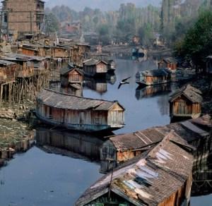 TMC houseboats